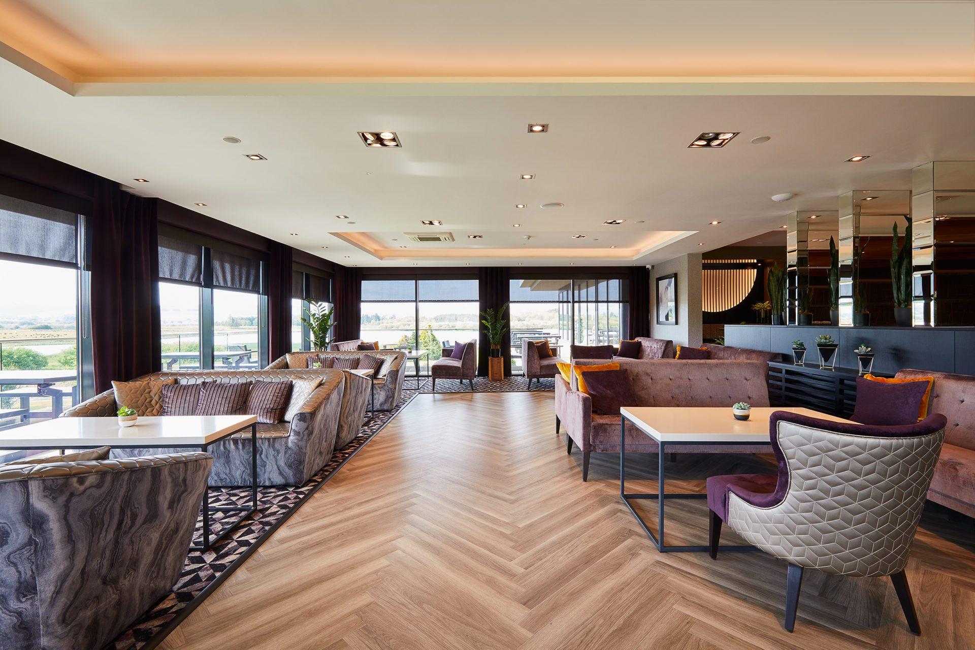 Lochside Lounge